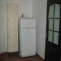 Вода под холодильником – причины возникновения проблемы